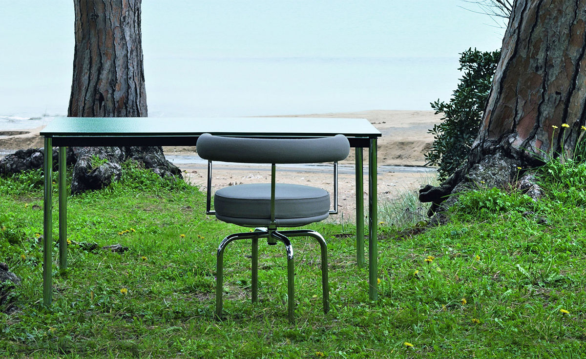 Le Corbusier Lc7 Outdoor Swivel Chair - hivemodern.com