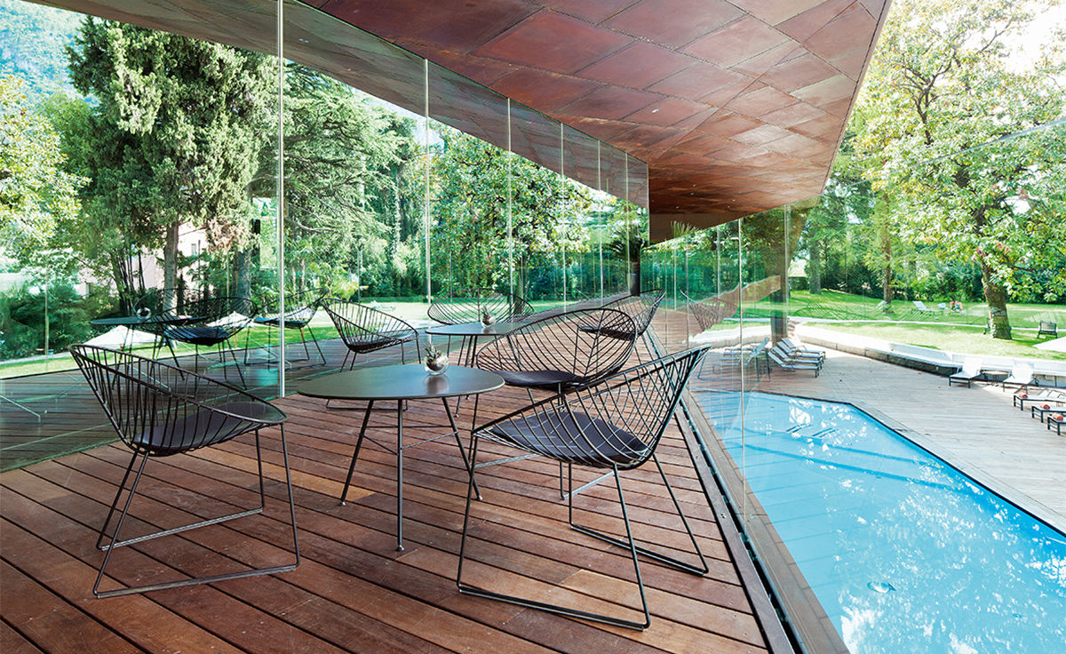 Leaf Lounge Chair With Sled Base Hivemodern Com