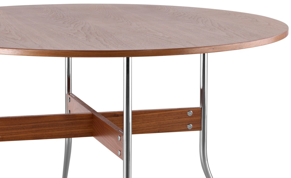 Exceptional Nelson™ Swag Leg Round Dining Table Pictures
