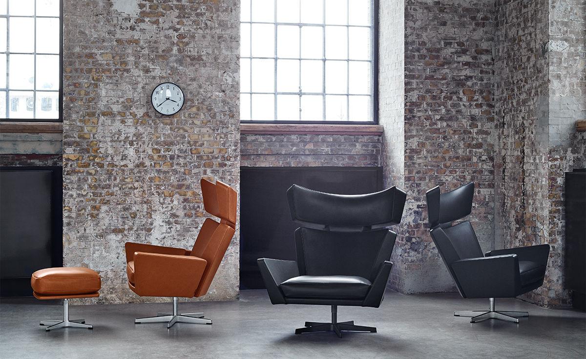 Arne Jacobsen Oksen Lounge Chair Amp Ottoman Hivemodern Com