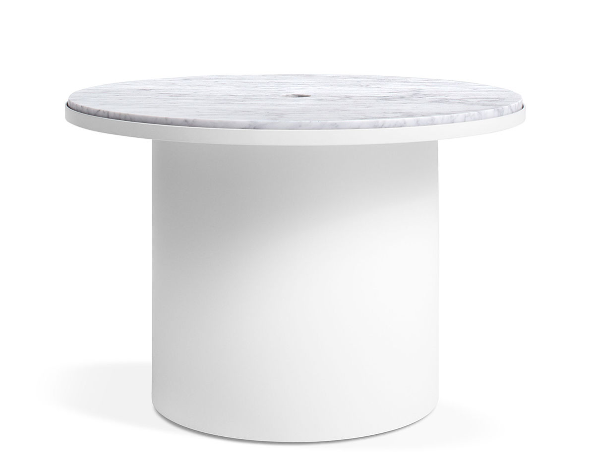 Plateau Medium Table   Blu Dot