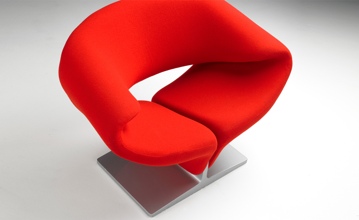 Lovely Ribbon Chair
