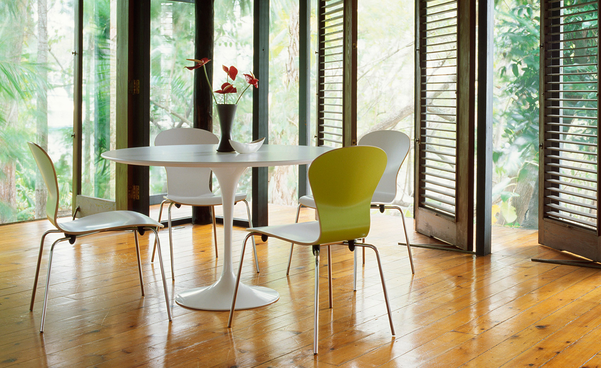 overview. Saarinen Dining Table White Laminate   hivemodern com