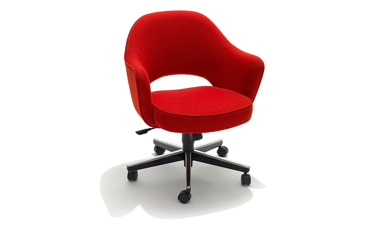 Saarinen Executive Swivel Arm Chair Hivemodern Com