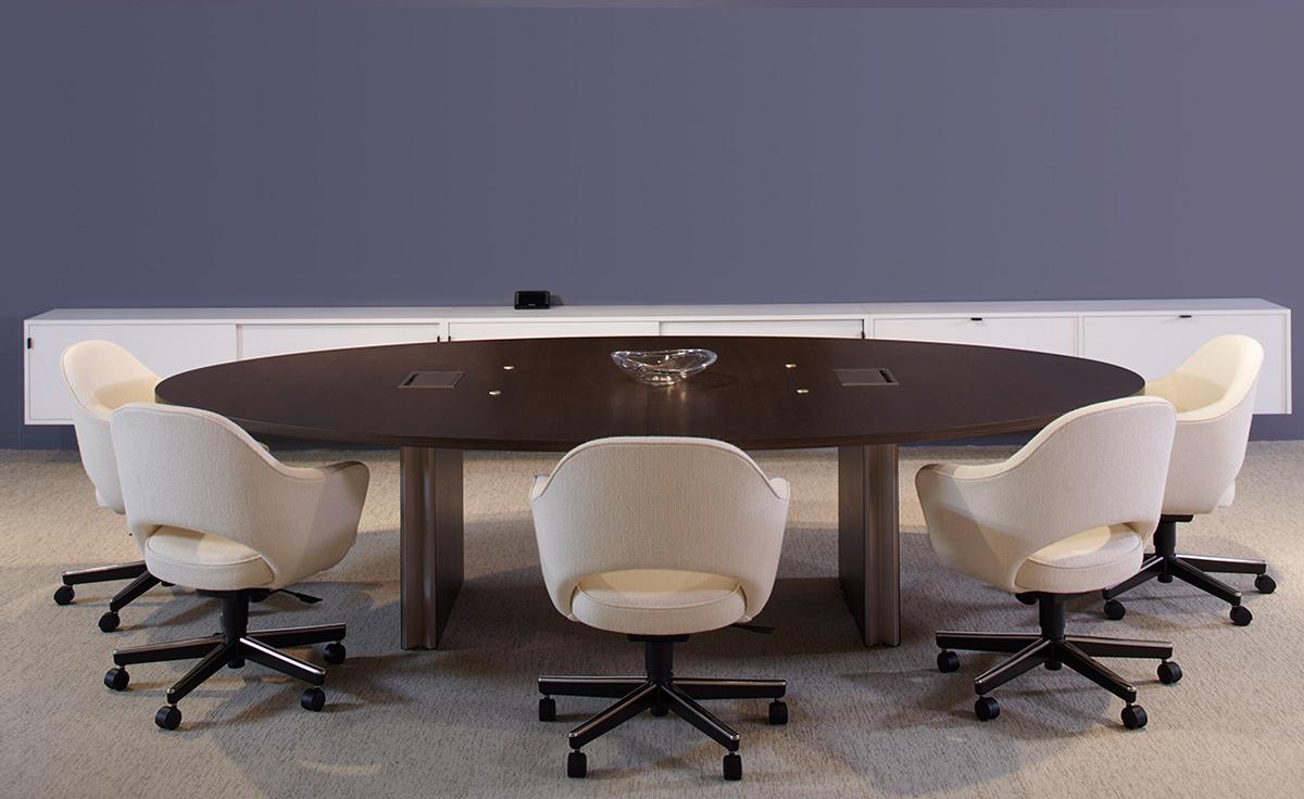 Saarinen Executive Swivel Arm Chair Hivemodern Com