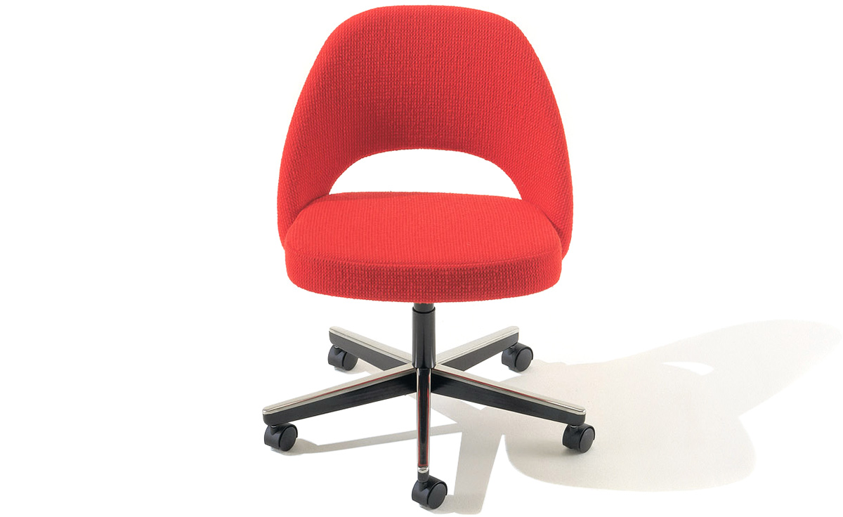 Saarinen Executive Swivel Side Chair - hivemodern.com