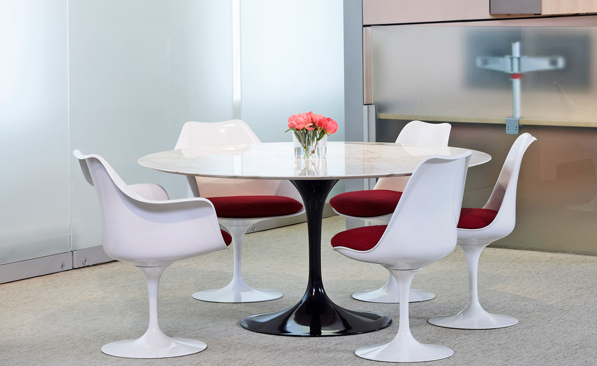 Saarinen White Tulip Arm Chair : chairs with tables - Cheerinfomania.Com