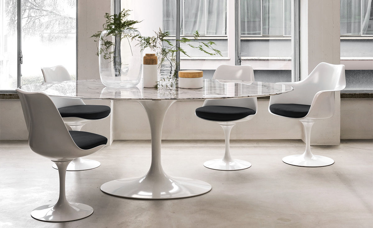 Saarinen White Tulip Side Chair Hivemoderncom - Eero saarinen tulip table and chairs
