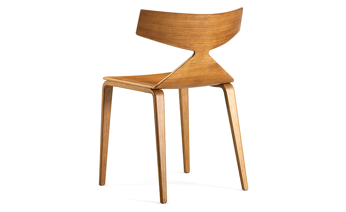 Saya Chair With Wood Legs