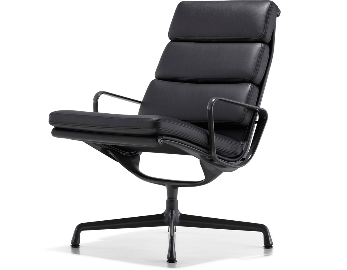 Eames soft pad group lounge chair for Fauteuil charles eames patchwork