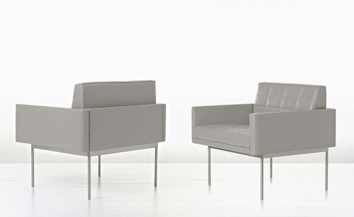 Tuxedo Club Chair With Arms