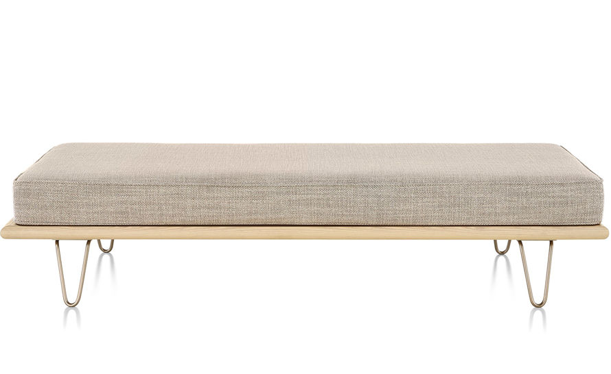 nelson™ daybed with hairpin legs