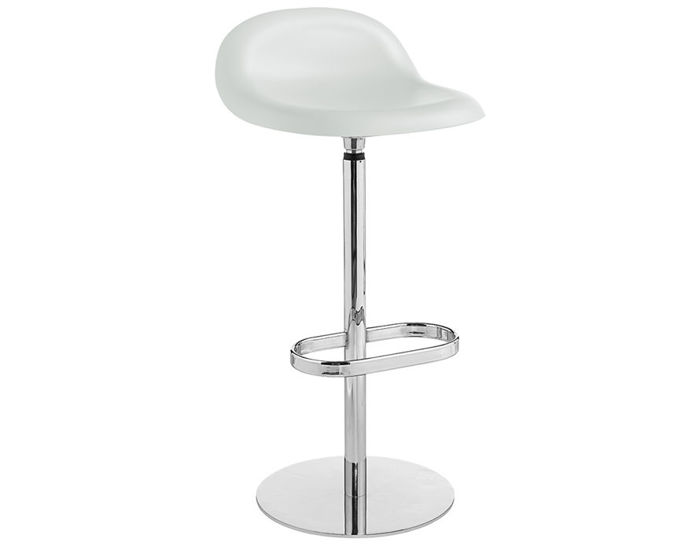 gubi 3d swivel base hirek stool