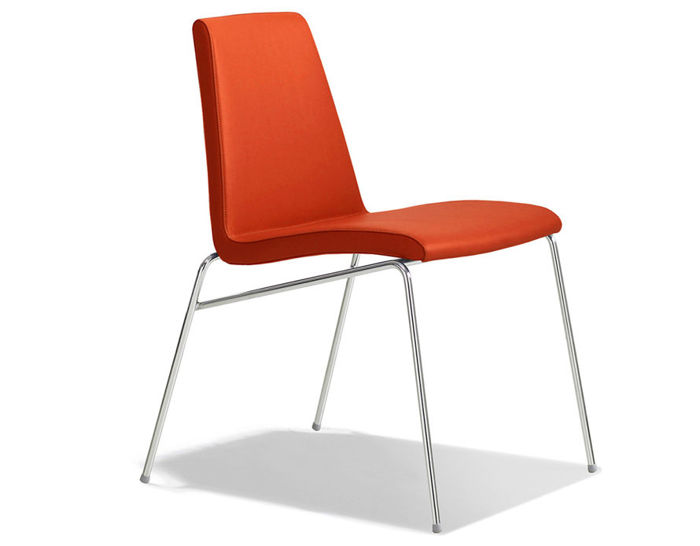 hyphen dining chair
