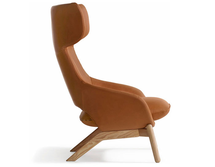 kalm wood base lounge chair