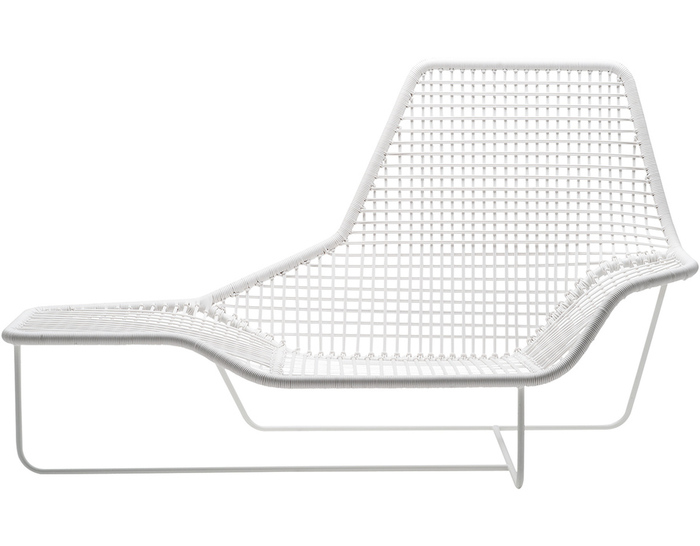 lama outdoor lounge chair