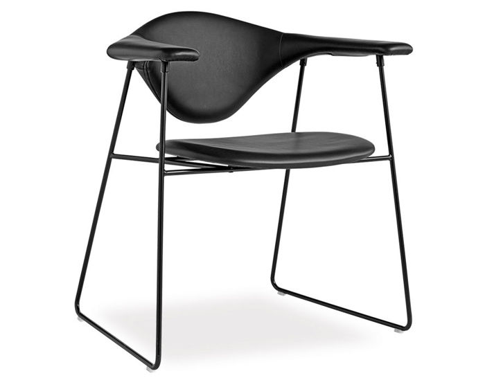 masculo sled base chair