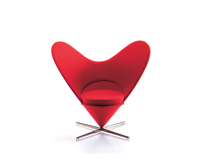 miniature heart chair