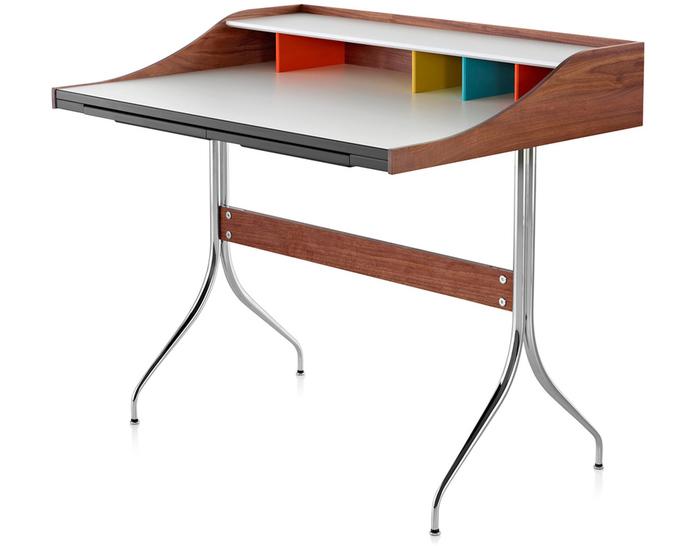 nelson™ swag leg desk
