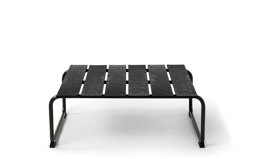 ocean lounge table