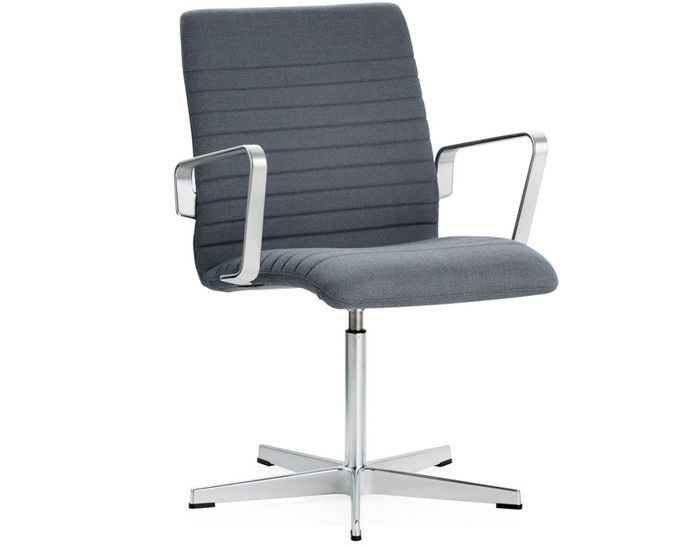 oxford™ premium low back armchair