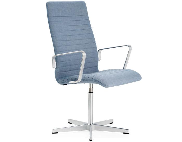 oxford™ premium medium back armchair