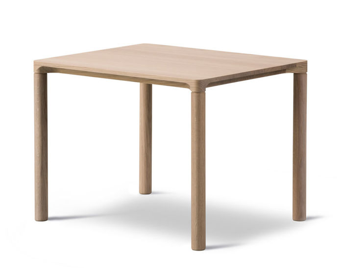 piloti side table