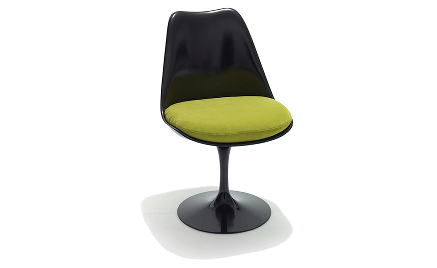 saarinen black tulip side chair