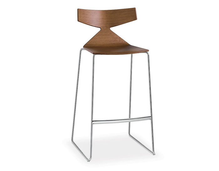 saya sled base stool