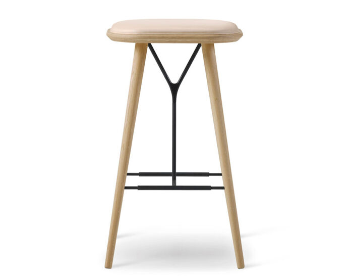 spine wood base stool