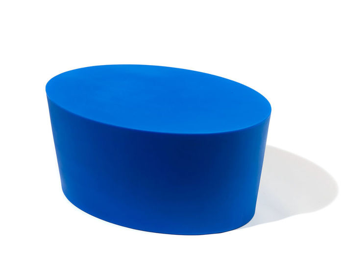 maya lin stones polyethylene adult seat