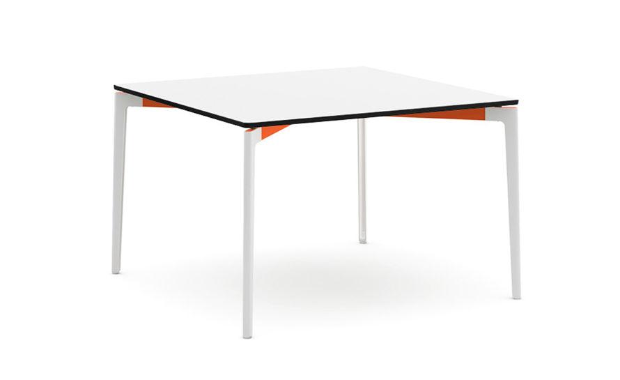 stromborg square table