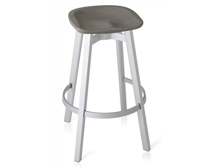 su stool with concrete seat