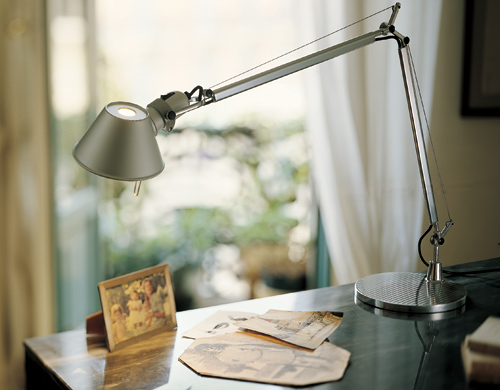 tolomeo table base lamp. Black Bedroom Furniture Sets. Home Design Ideas
