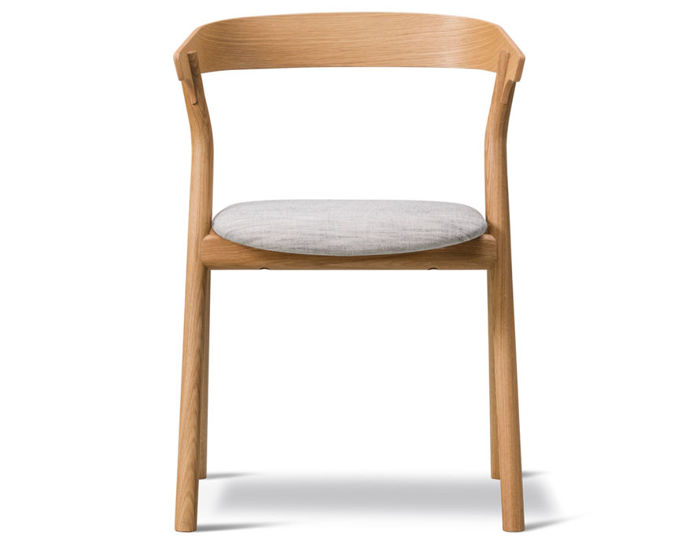 yksi chair with upholstered seat
